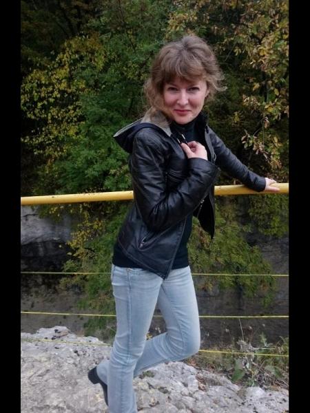 Dina / Réf. 91396 / Adhérente Agence Amélie