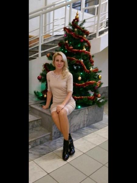 Nina / Réf. 91409 / Adhérente Agence Amélie