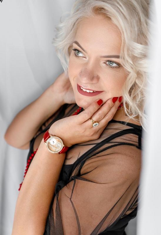 Photo de Tatiana / Réf. 3893 / Agence Amélie