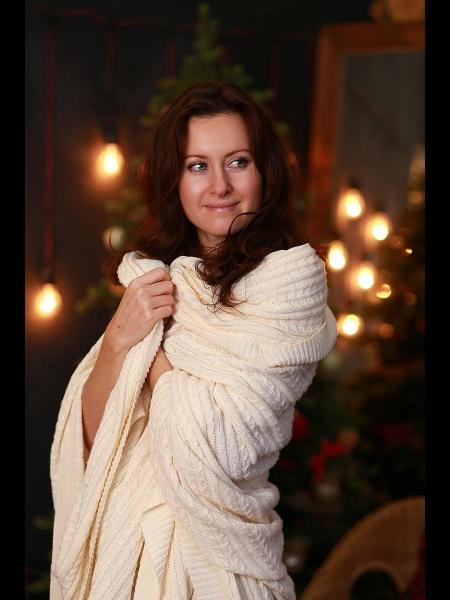 Elena / Réf. 91570 / Adhérente Agence Amélie