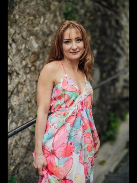 Natalia (Nice) / Réf. 91881 / Adhérente Agence Amélie