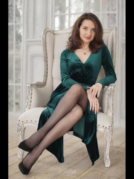 Zarina / Réf. 630896 / Adhérente Agence Amélie