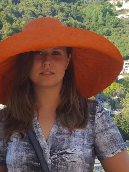 Alika (Nice) / Réf. 92007 / Adhérente Agence Amélie