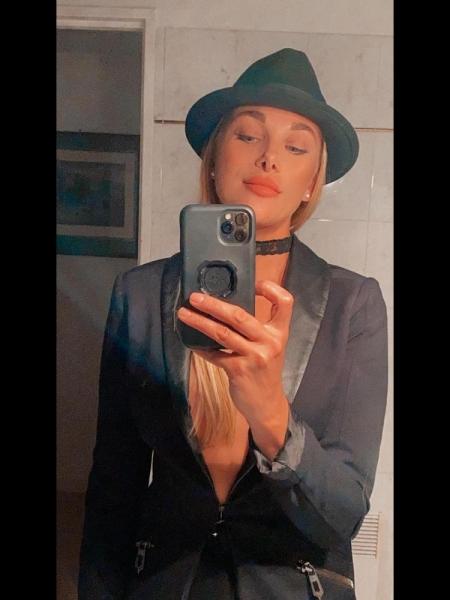 Elena (Nice) / Réf. 92091 / Adhérente Agence Amélie