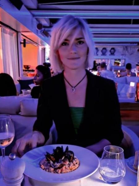 Olga (Nice) / Réf. 92152 / Adhérente Agence Amélie