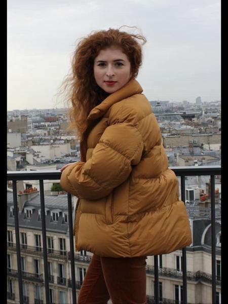 Vera (Paris) / Réf. 92246 / Adhérente Agence Amélie