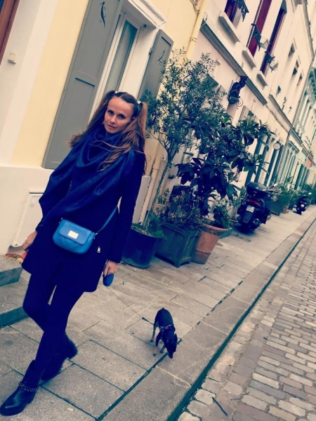 Alena (Autriche) / Réf. 71621 / Adhérente Agence Amélie