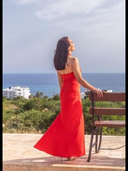 Yuliya (Chypre) / Réf. 92347 / Adhérente Agence Amélie