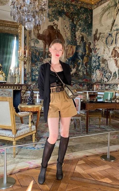 Photo de Anna (Paris) / Réf. 92455 / Agence Amélie