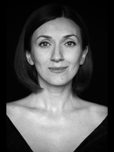 Laura / Réf. 91012 / Adhérente Agence Amélie