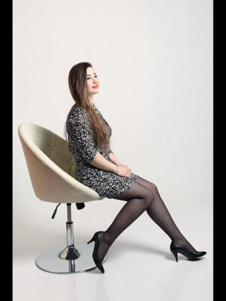 Veronika / Réf. 3617 / Adhérente Agence Amélie